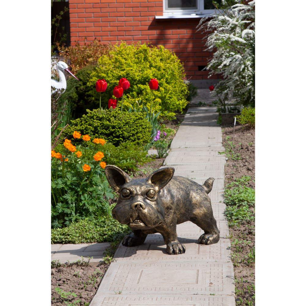 Садовая скульптура Клайд