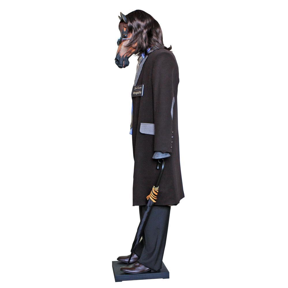 Ростовая кукла Конь в пальто
